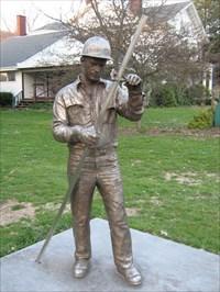 Steelmaker Statue - Waymarking.com